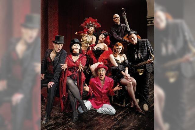 Let's Burlesque aus Berlin in der Oberrheinhalle