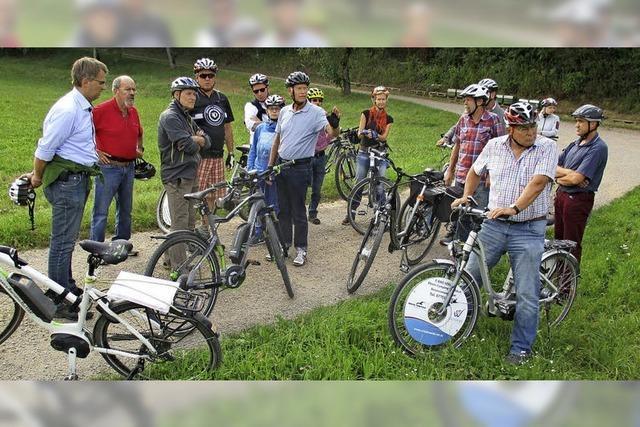 Stadträte und OB testen Radwege