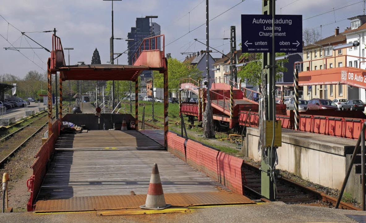 Die DB-Schilder auf dem Güterbahnhofar...hl bald dem Logo der BTE aus Nürnberg.  | Foto: Archivbild: Trenz