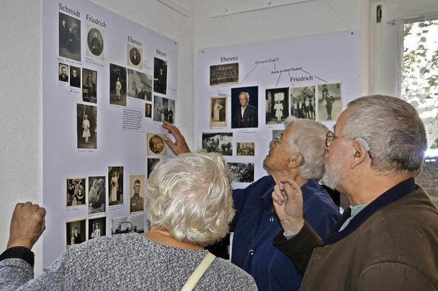 450 Fotos zu Familien und dem Dorfleben - Ausstellung im Museumsstüble