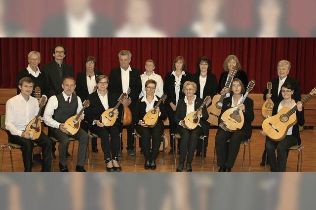 Mit dem Zupforchester Villingen-Schwenningen und dem Flötisten Christoph Haarmann in Hinterzarten