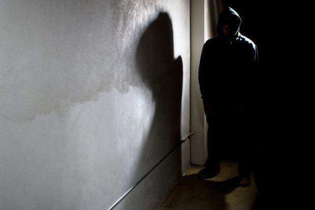 Raubüberfall im Stühlinger: 21-Jährige wehrt sich erfolgreich