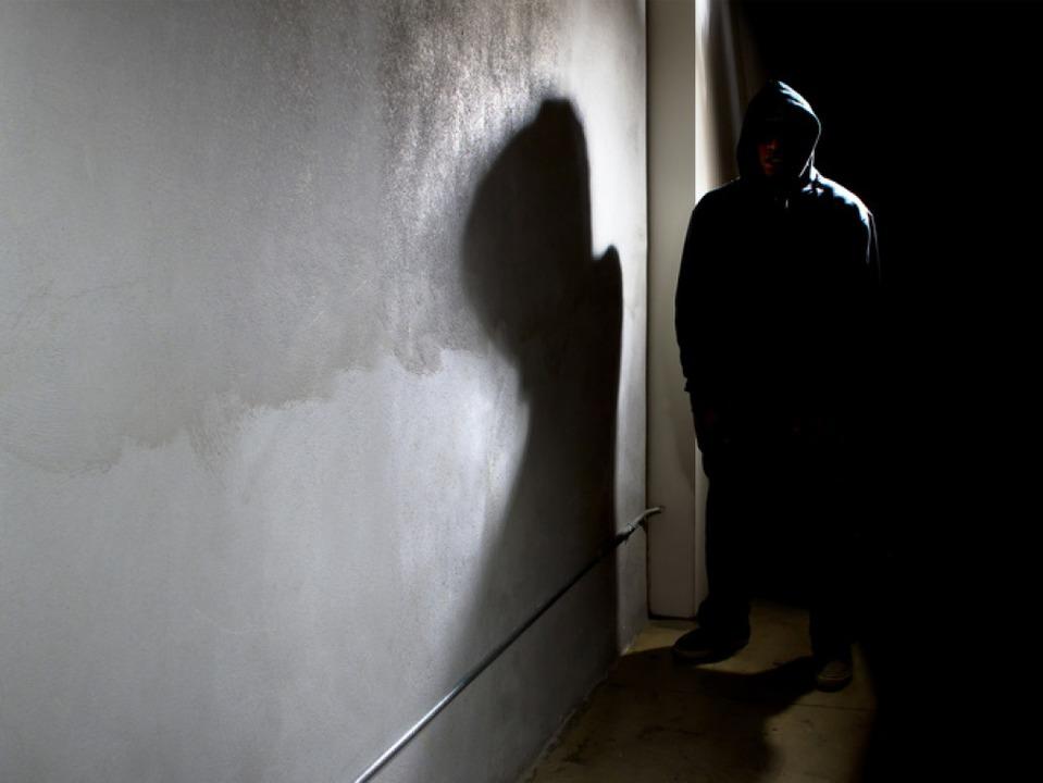 Einer 21-jährigen Frau gelang es im St...in die Flucht zu schlagen (Symbolbild)  | Foto: Innovated Captures - Fotolia