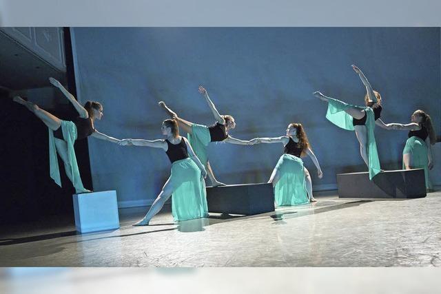 Bühnentanzabend im Theatersaal Dance Emotion