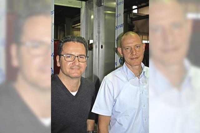 Betriebsleiter Jürgen Brand wird bei Firma Gürtner geehrt