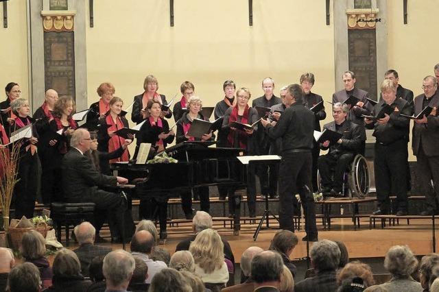 Kammerchor Offenburg singt Konzert rund um die Zigeunerlieder von Johannes Brahms
