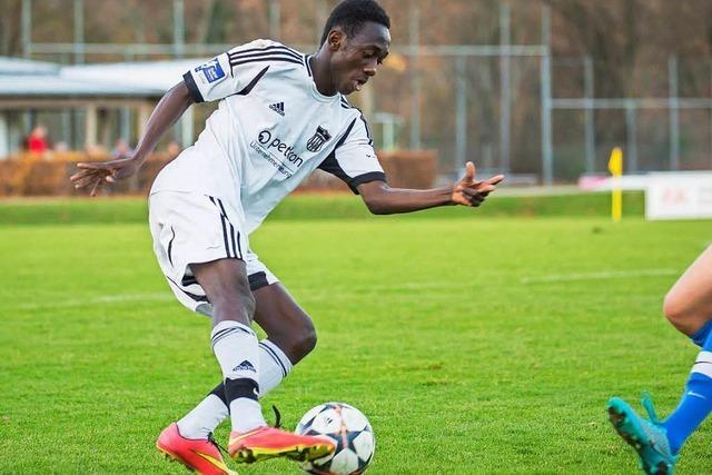 Lamin Colley aus Gambia spielt mit Lörrach in der Landesliga