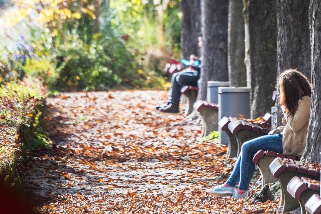 Der Herbst ist verdammt kalt und manchmal voller Melancholie.  | Foto: dpa