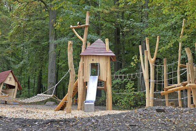 Ein Waldspielplatz nicht nur für Kinder