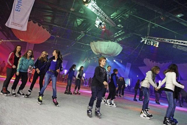 BZ-Gewinnspiel für Eintrittskarten in die Eislaufhalle an der Messe