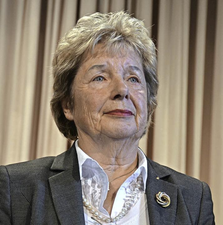 Die Goldene Stadtrechtsmedaille erhielt Hildegard Neulen-Hüttemann.  | Foto: Sylvia Sredniawa