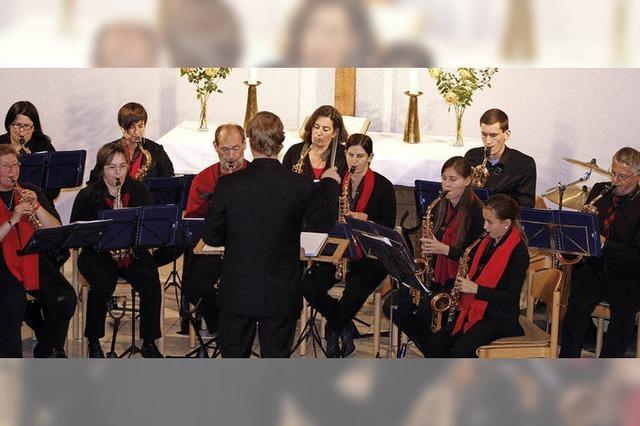 In der Kirche klatscht das Publikum nach Zugabe