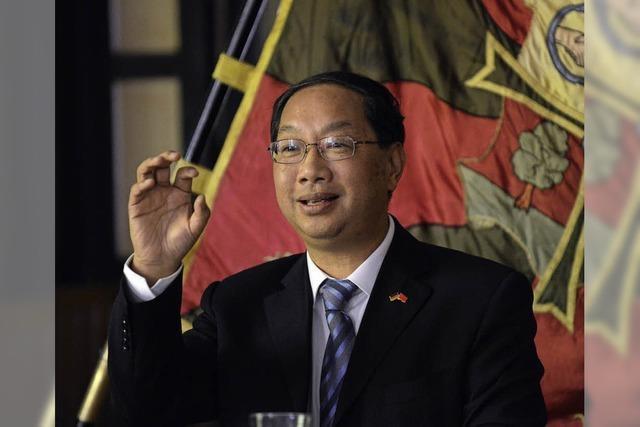 China-Botschafter zu Besuch bei Freiburger Burschenschaft