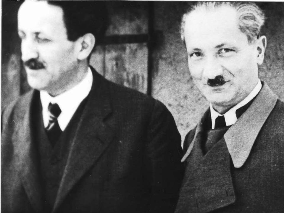 Brüder in vertrautem Umgang: Fritz (links) und Martin  Heidegger   | Foto: Martin-Heidegger-Archiv Messkirch