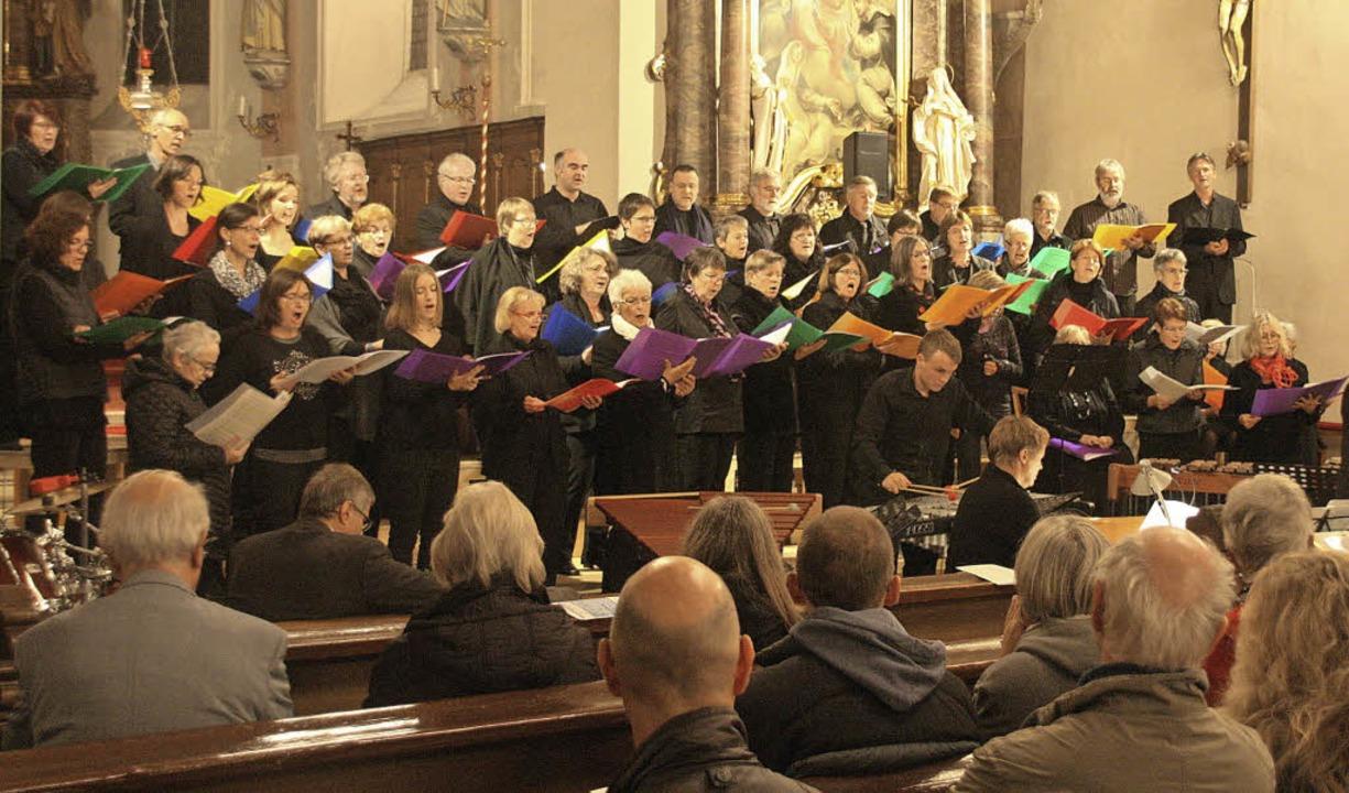 Ein außergewöhnliches Chorkonzert gab ...cet in der Wallfahrtkirche Kirchhofen.    Foto: Hans Jürgen Kugler