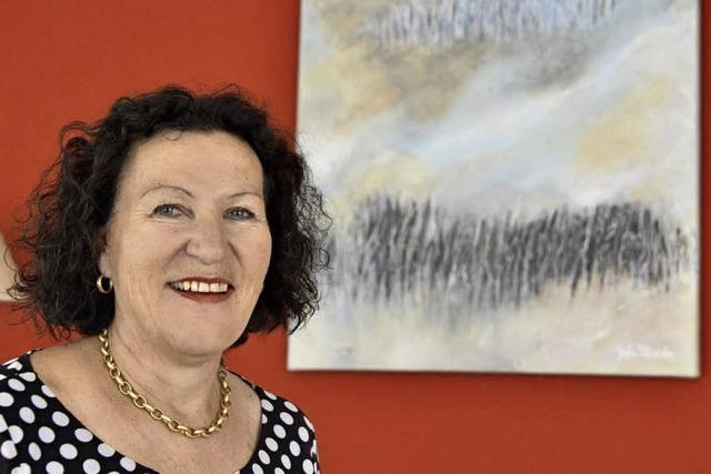 Der Tiengener Kunstsalon ist ein Heimspiel für die Malerin Gisela Schleicher