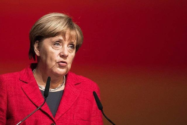 Merkel: Mehr Transparenz von Internetplattformen