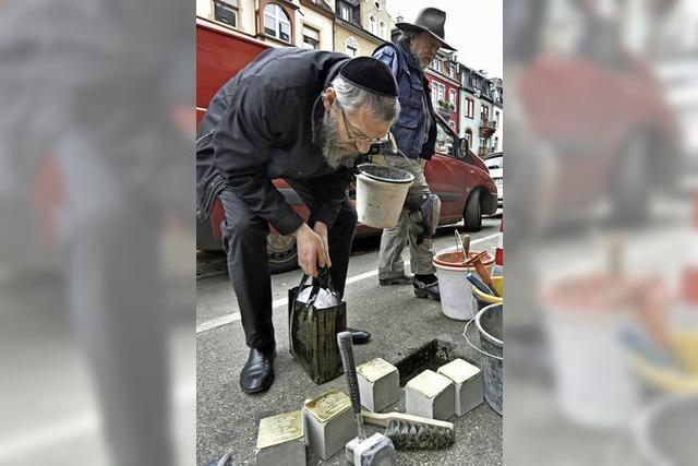 21 neue Stolpersteine erinnern an Ermordete und Überlebende des Nationalsozialismus