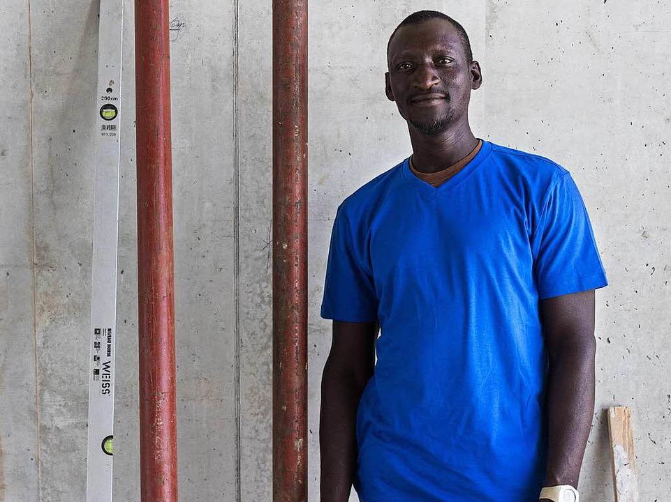 Beliebt bei seinem Arbeitgeber und bei seinen Kollegen: Badinding Jaiteh  | Foto: privat