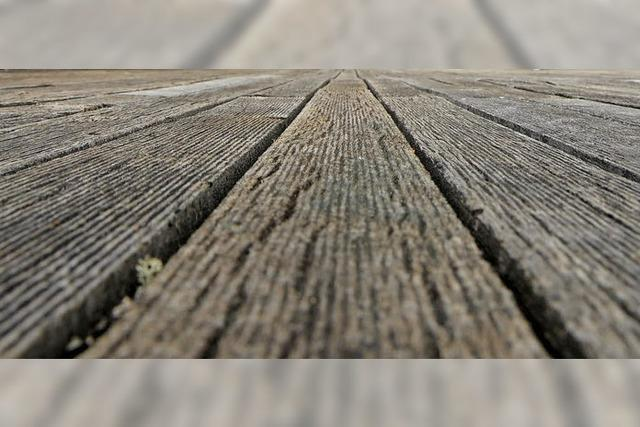 Angebote für Holzdecks zu teuer