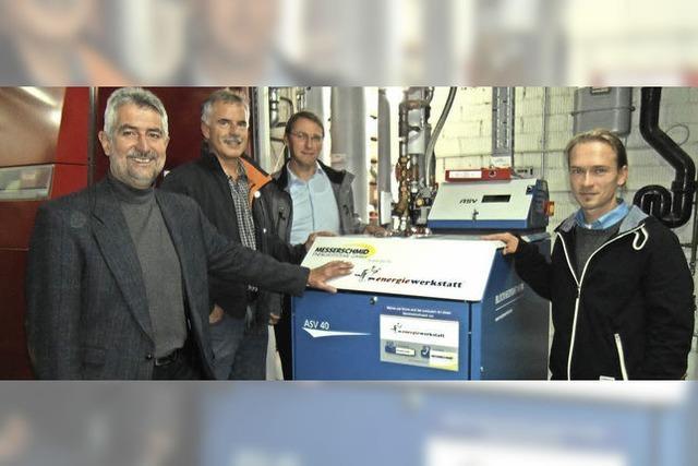 Blockheizkraftwerk versorgt Hallenbad mit Energie
