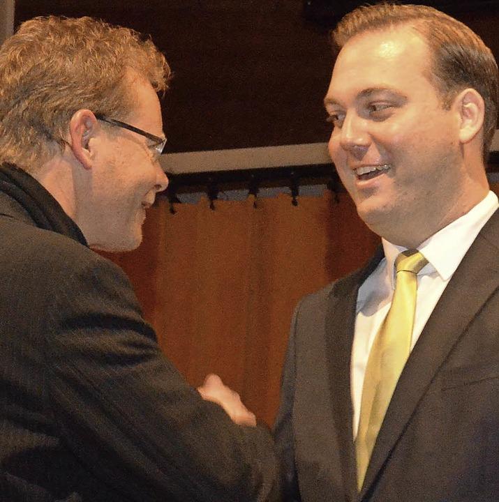 Felix Schreiner (rechts) soll für die ...destagsabgeordnete Thomas Dörflinger.   | Foto: Sebastian Barthmes