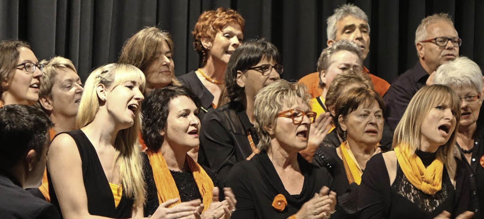 Mitreißender Chorklang: Der Chor Soulf...tes Potpourri aus Pop- und Jazzsongs.   | Foto: Roswitha Frey