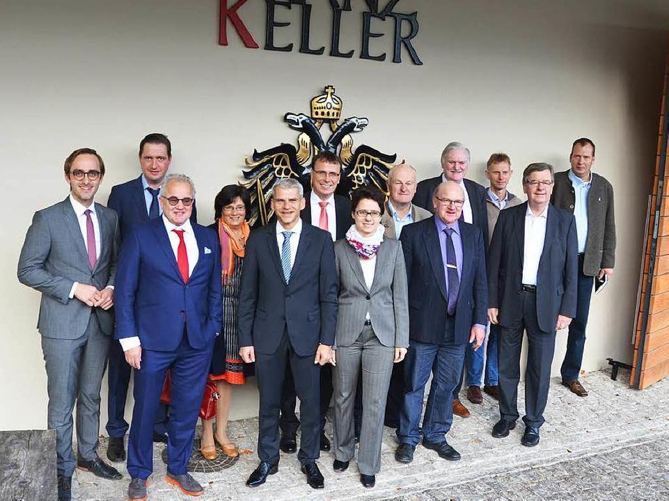 Politiker, Vertreter des Badischen Wei...gen über das Thema Wein und Tourismus.  | Foto: Gerold Zink