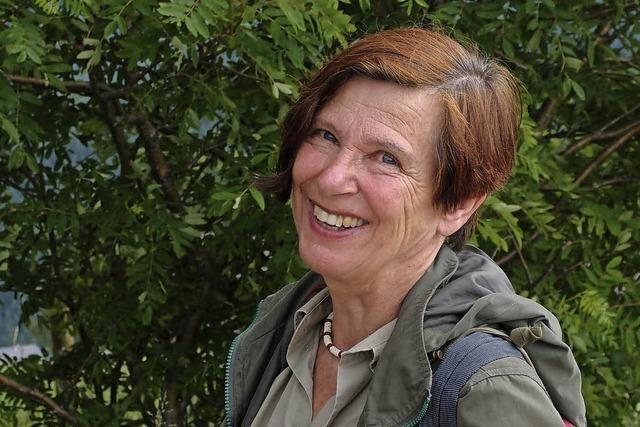 Heide Jahnke stellt neue Gedichte in der Rainhof Scheune in Kirchzarten-Burg vor