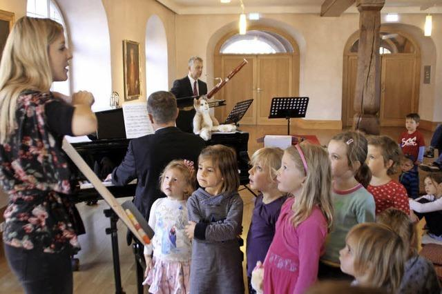 Musikkater Caruso begeistert Kinder im Bürgersaal