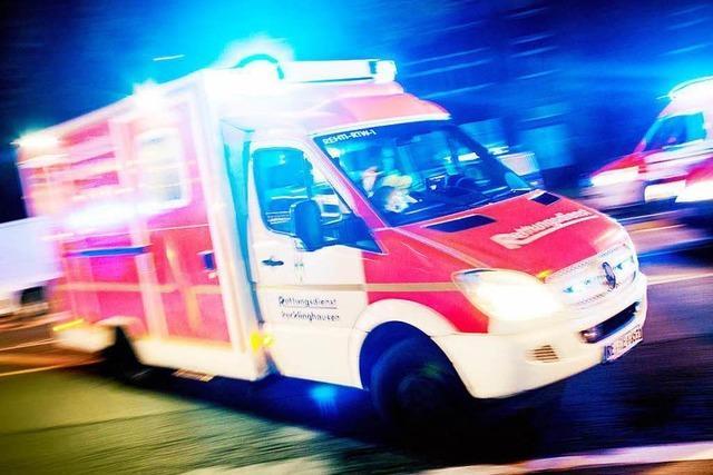Rettungswagen ignoriert – Betrunkener rammt Auto