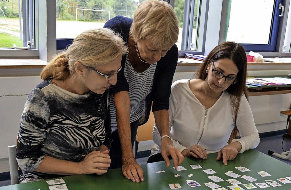 Den Bildern die richtigen Begriffe zuo...olumban-Schule in Münstertal Deutsch.   | Foto: Gabriele Hennicke