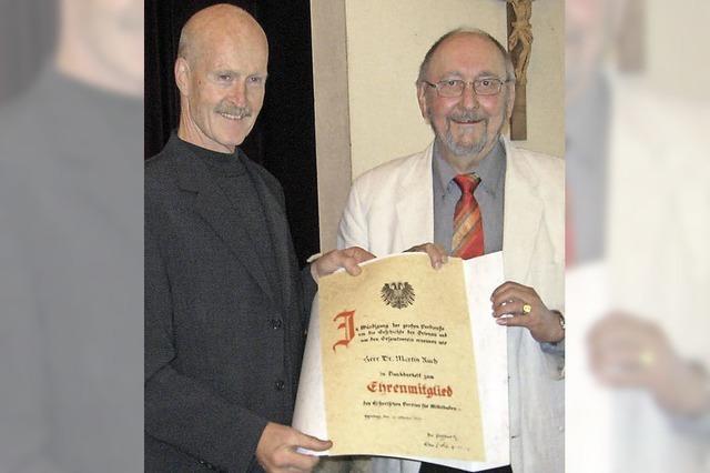 Martin Ruch wird Ehrenmitglied