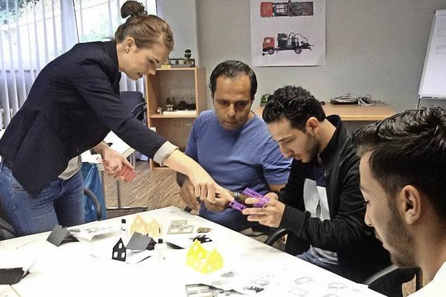Flüchtlinge lernen Unternehmen kennen