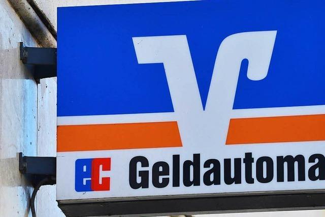 Bewaffneter versucht Volksbank in Bad Bellingen zu überfallen