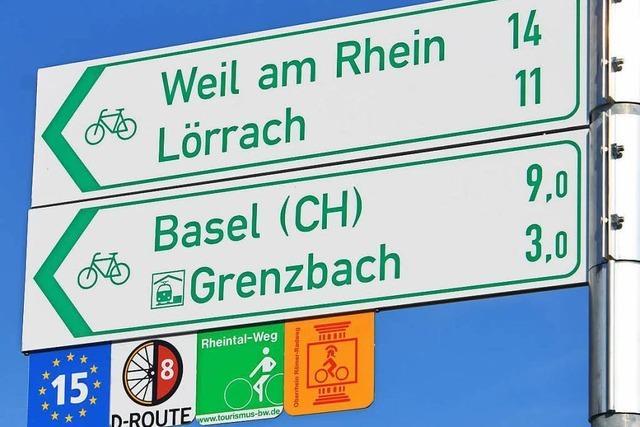 Schreibfehler auf Radweg-Schildern sorgen für Spott
