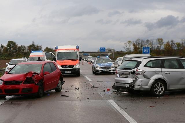 Insgesamt elf Verletzte bei acht Unfällen auf A5