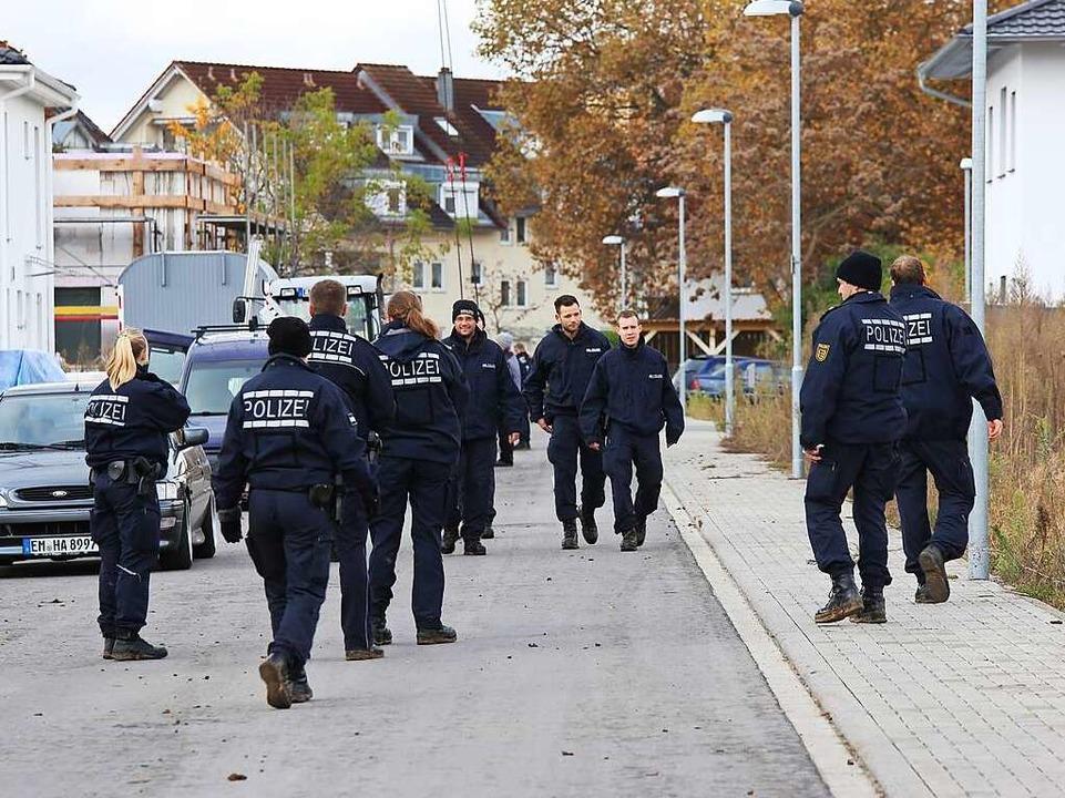 Suchaktion der Polizei nach der vermissten Carolin G.  | Foto: Hans-Peter Ziesmer