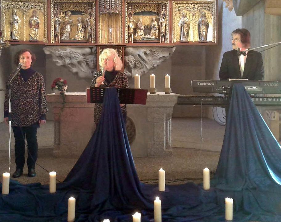 Die Schwarzwaldfamilie Seitz  sang in der  Schluchseer Kirche.   | Foto: Privat