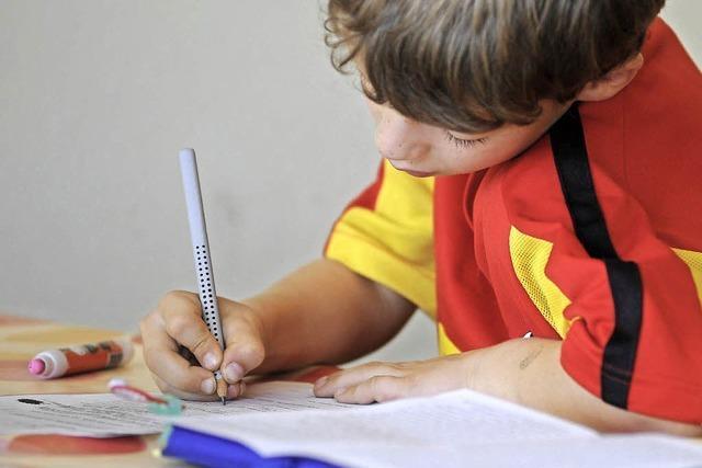 Warum spanische Eltern ihren Kindern das Erledigen der Hausaufgaben verbieten sollen