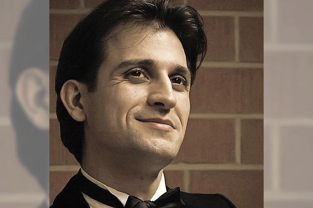 Der Pianist Timur Gasratov spielt in Denzlingen