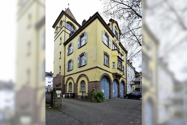 Stadt prüft, ob das Spritzenhaus-Grundstück an der Kirchstraße verkauft werden kann