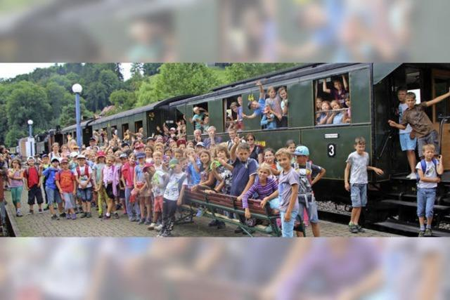 Rund 23 000 Gäste fahren Nostalgiezug