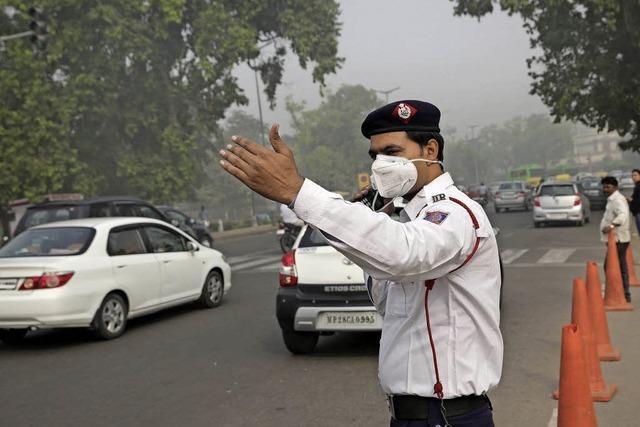 Die Autos verpesten Neu-Delhi
