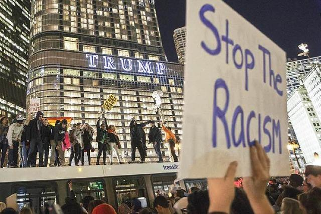 Tausende US-Bürger protestieren gegen Trump