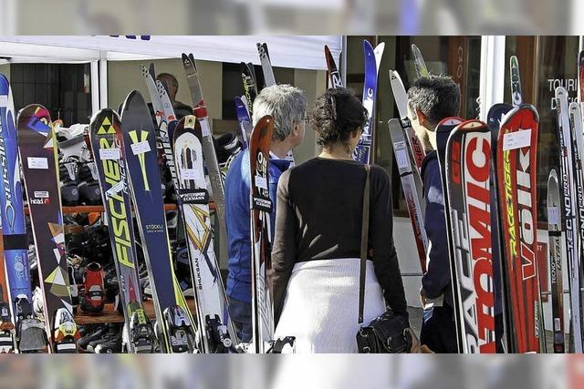 Mit dem Ski-Club Waldshut. Wintersportartikel in Waldshu-Tiengent