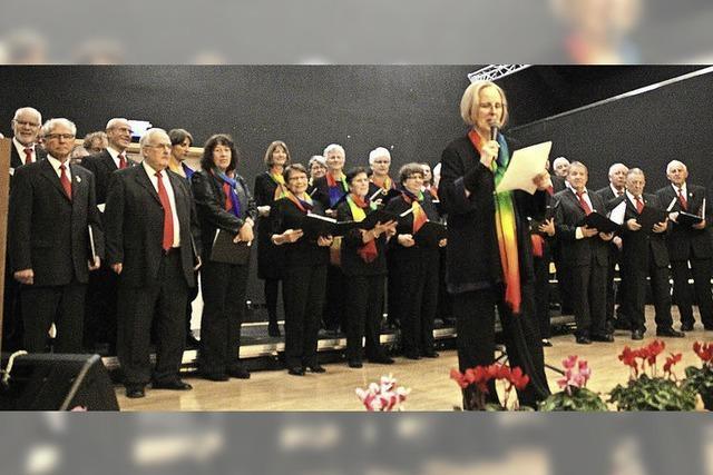 Sieben Chöre auf der Bühne in Feldkirch
