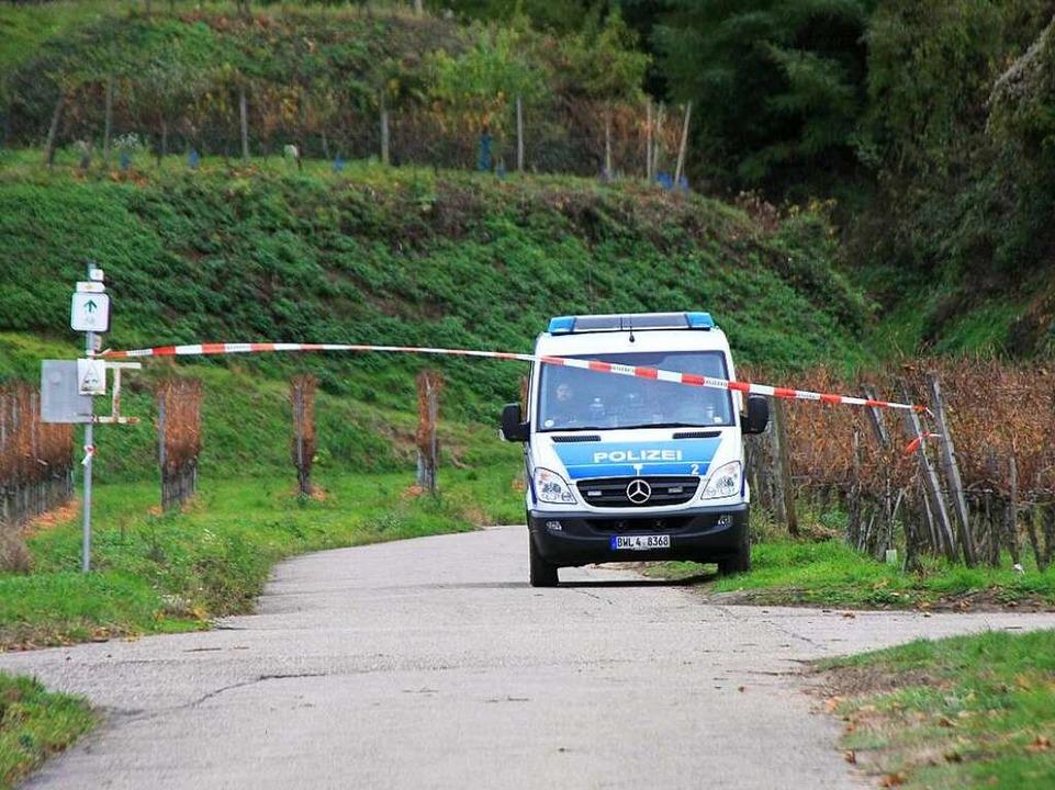 Die Polizei hatte auf der Suche nach C...ischen Endingen und Riegel abgesperrt.  | Foto: Martin Wendel