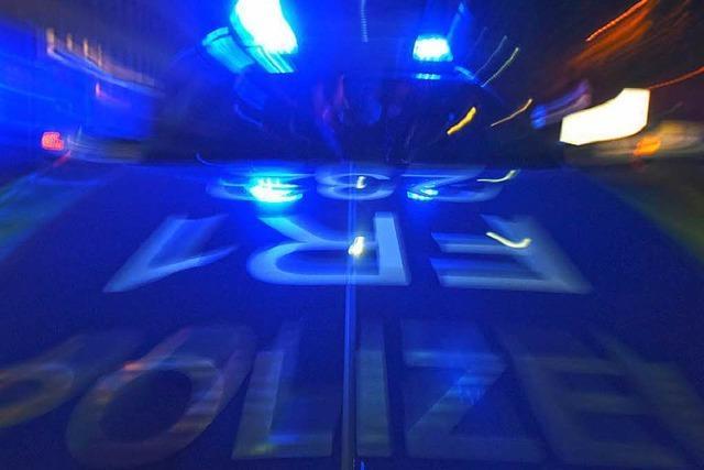 Betrunkener Lkw-Fahrer bespuckt Polizisten im Spital