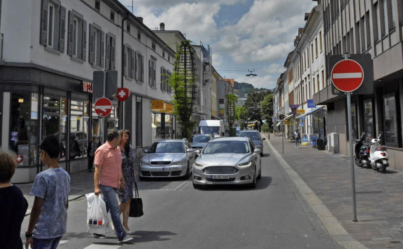 Wie es mit der Grabenstraße weitergeht, ist noch immer nicht klar.   | Foto: Barbara Ruda